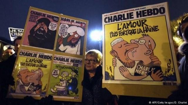 Шарли Эбдо: «Мы готовим серию смешных карикатур на терракты в Париже»