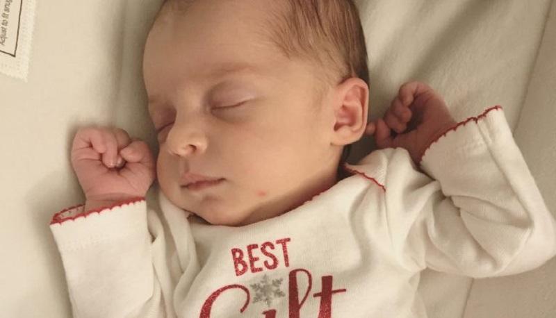 """В США родилась """"24-летняя"""" девочка, эмбрион которой был заморожен в 1992 году"""