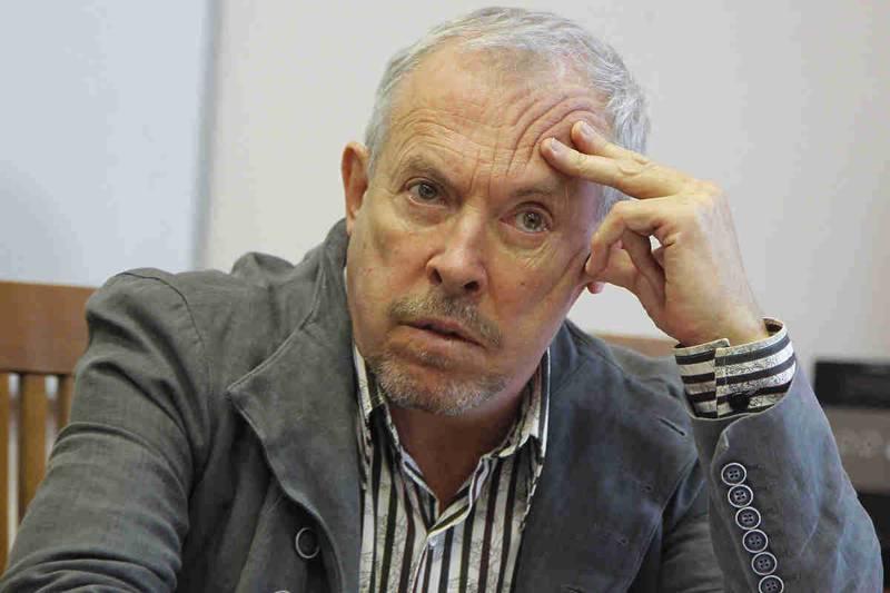 Макаревич обозвал россиян злобными дебилами