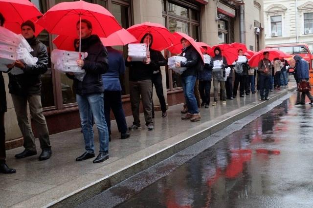 Большинство центральных СМИ пытается замолчать пенсионный протест
