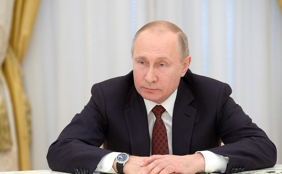 Путин призвал соотечественников возвращаться в Россию