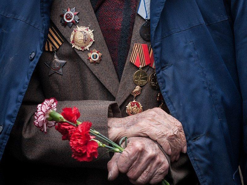 Ветеран ВОВ умер на лавочке перед больницей