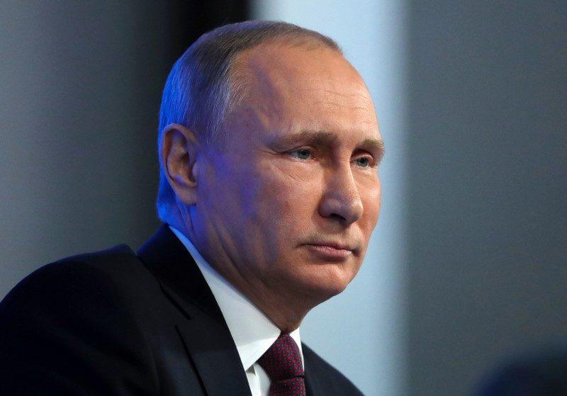 Падающая популярность Путина